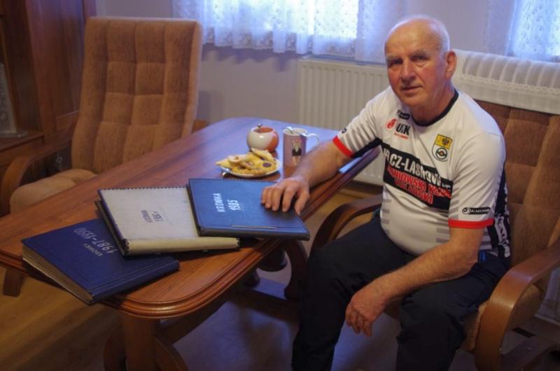 Józef Szafrański, trener Macieja Bodnara z Jelcza, wyróżniony przez ministerstwo